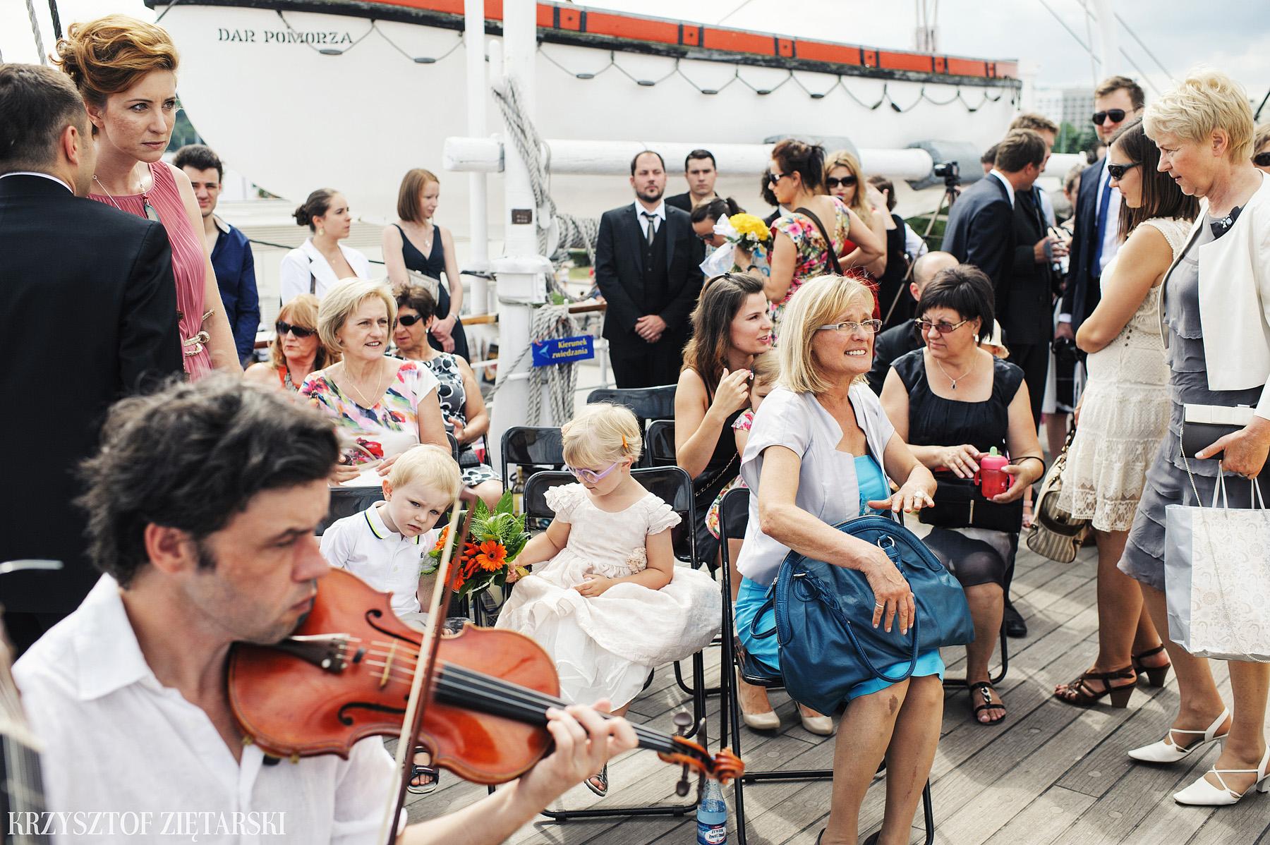Gosia i Gabriele - Fotografia ślubna Gdynia - Dar Pomorza, Gościniec dla Przyjaciół Wyczechowo, Sea Towers - 14.