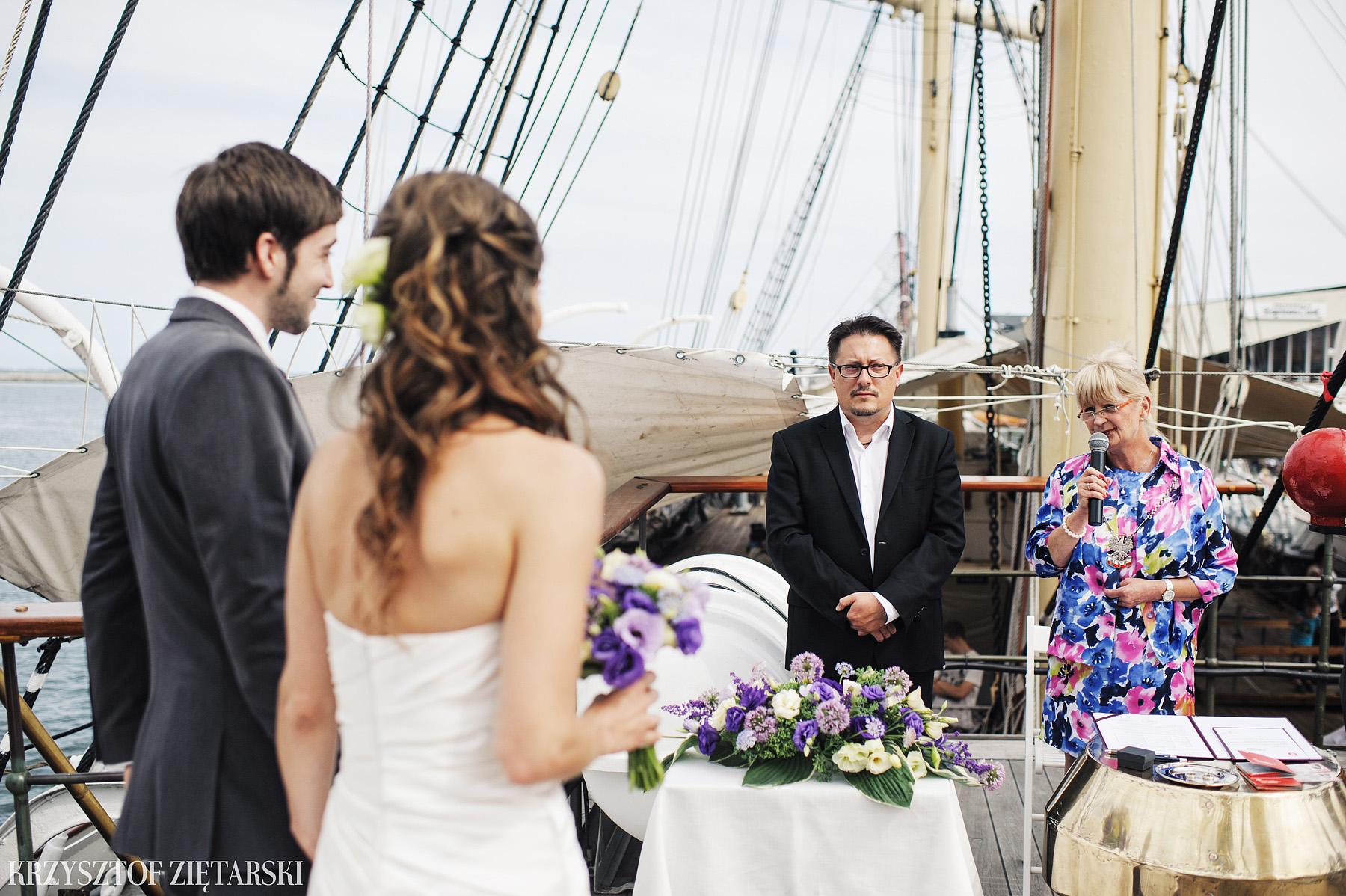 Gosia i Gabriele - Fotografia ślubna Gdynia - Dar Pomorza, Gościniec dla Przyjaciół Wyczechowo, Sea Towers - 18.