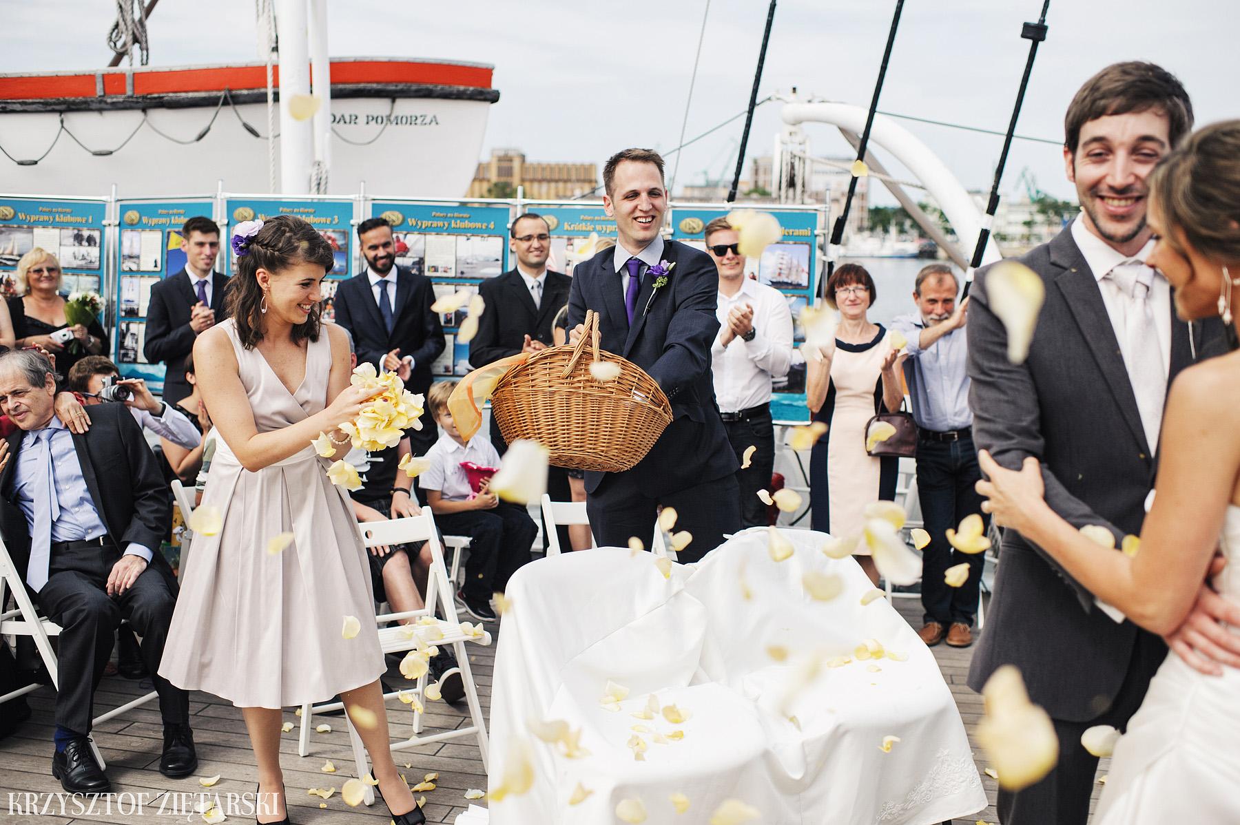 Gosia i Gabriele - Fotografia ślubna Gdynia - Dar Pomorza, Gościniec dla Przyjaciół Wyczechowo, Sea Towers - 27.