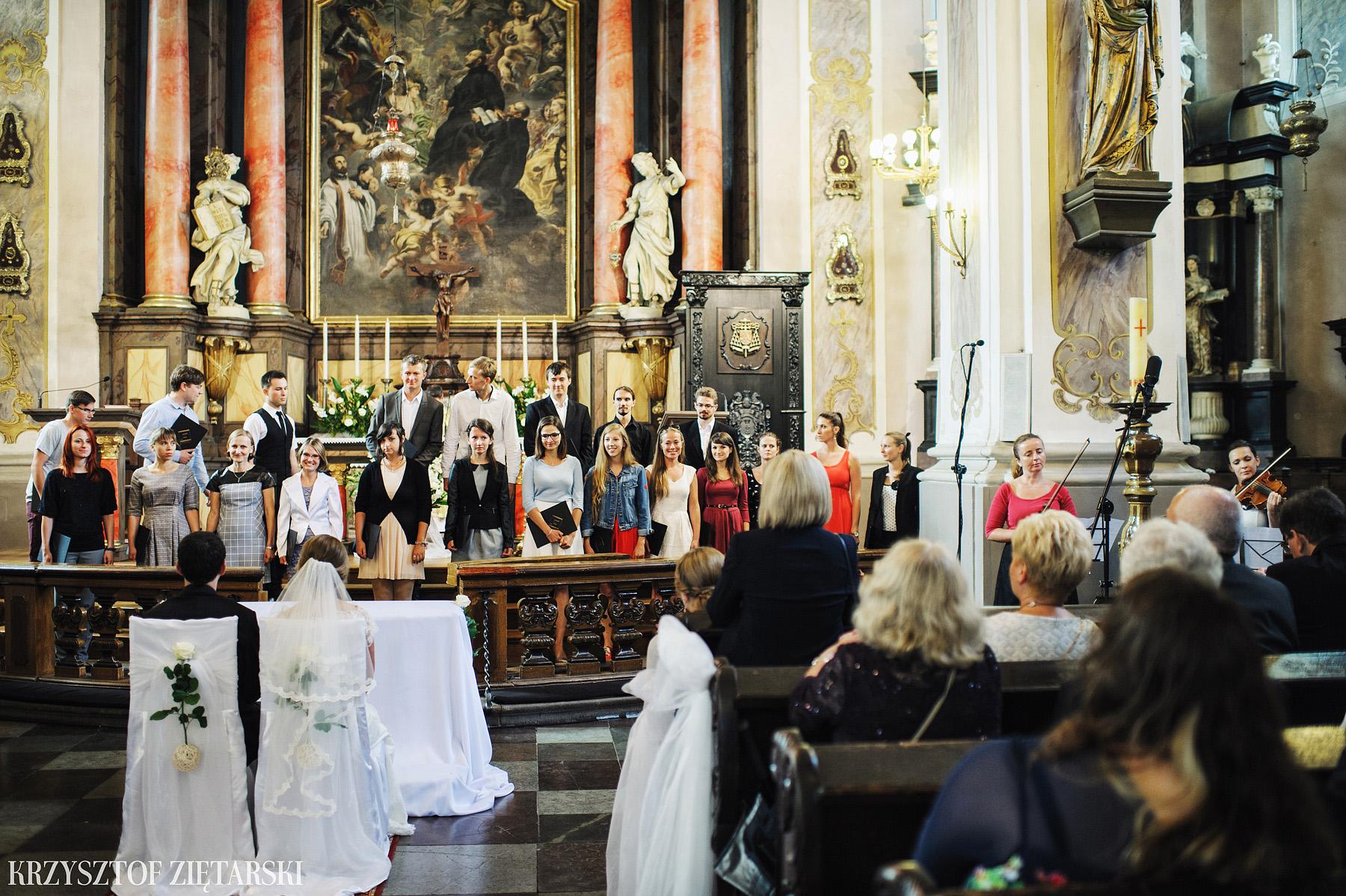 Justyna i Konrad - Fotografia ślubna Gdańsk, Kościół św.Ignacego Stare Szkoty, Restauracja Tabun Otomin - 16.