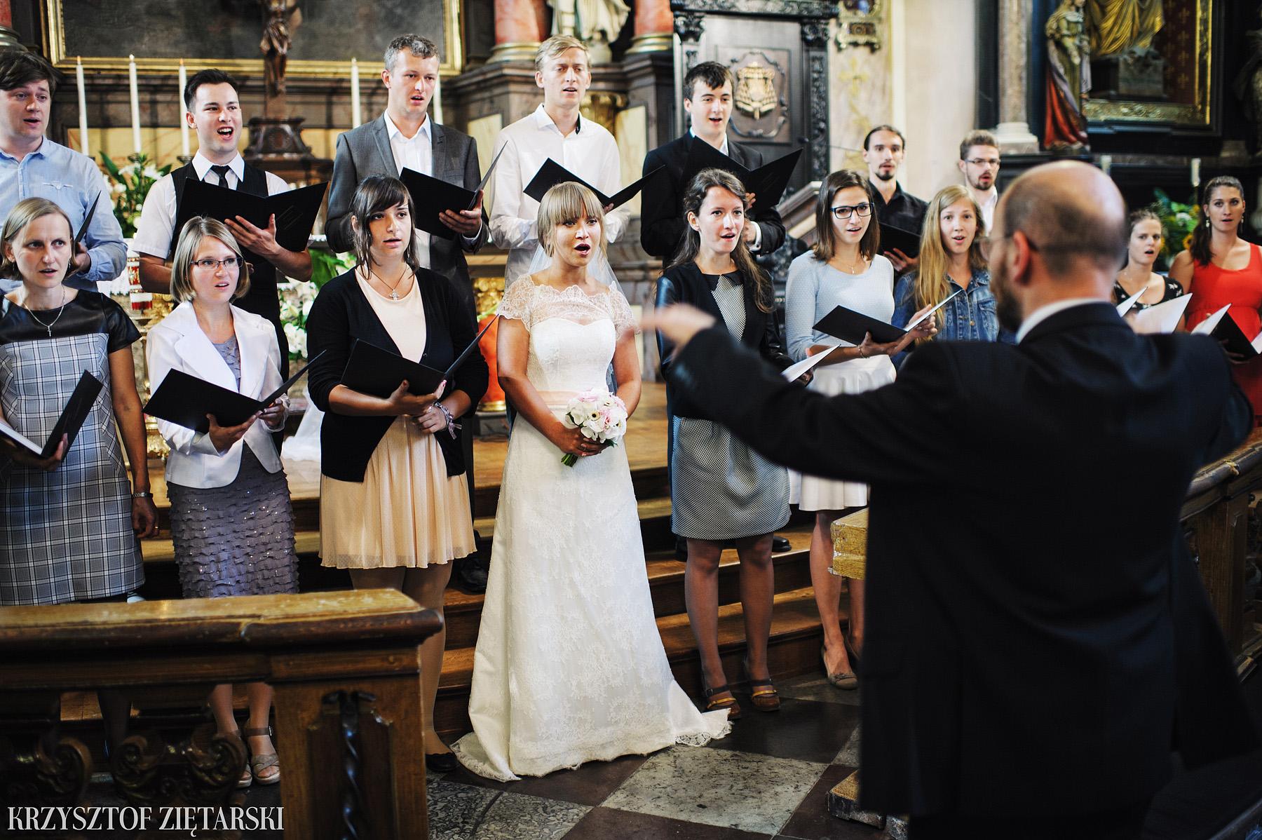 Justyna i Konrad - Fotografia ślubna Gdańsk, Kościół św.Ignacego Stare Szkoty, Restauracja Tabun Otomin - 17.