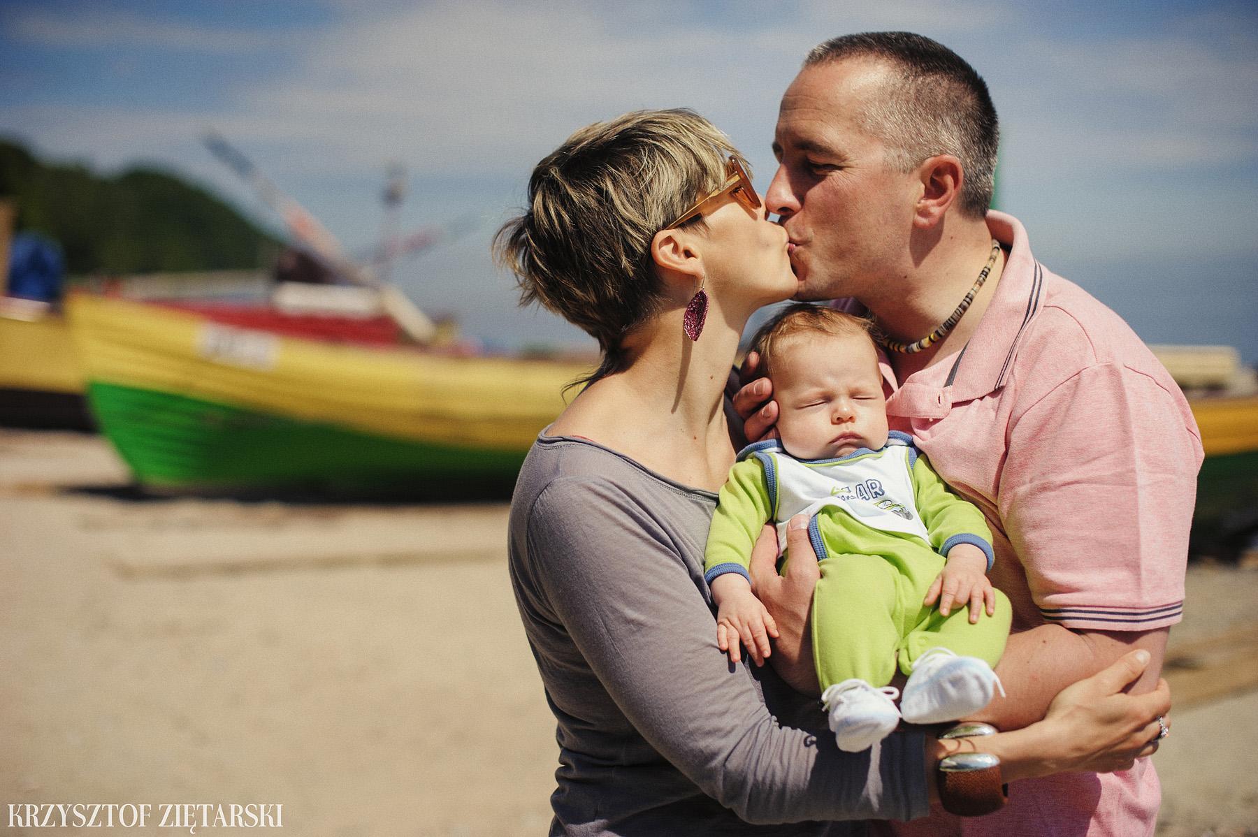 Ania, Karol i Oskarek - Fotografia rodzinna Gdynia - rodzinna sesja fotograficzna w prezencie - 13.