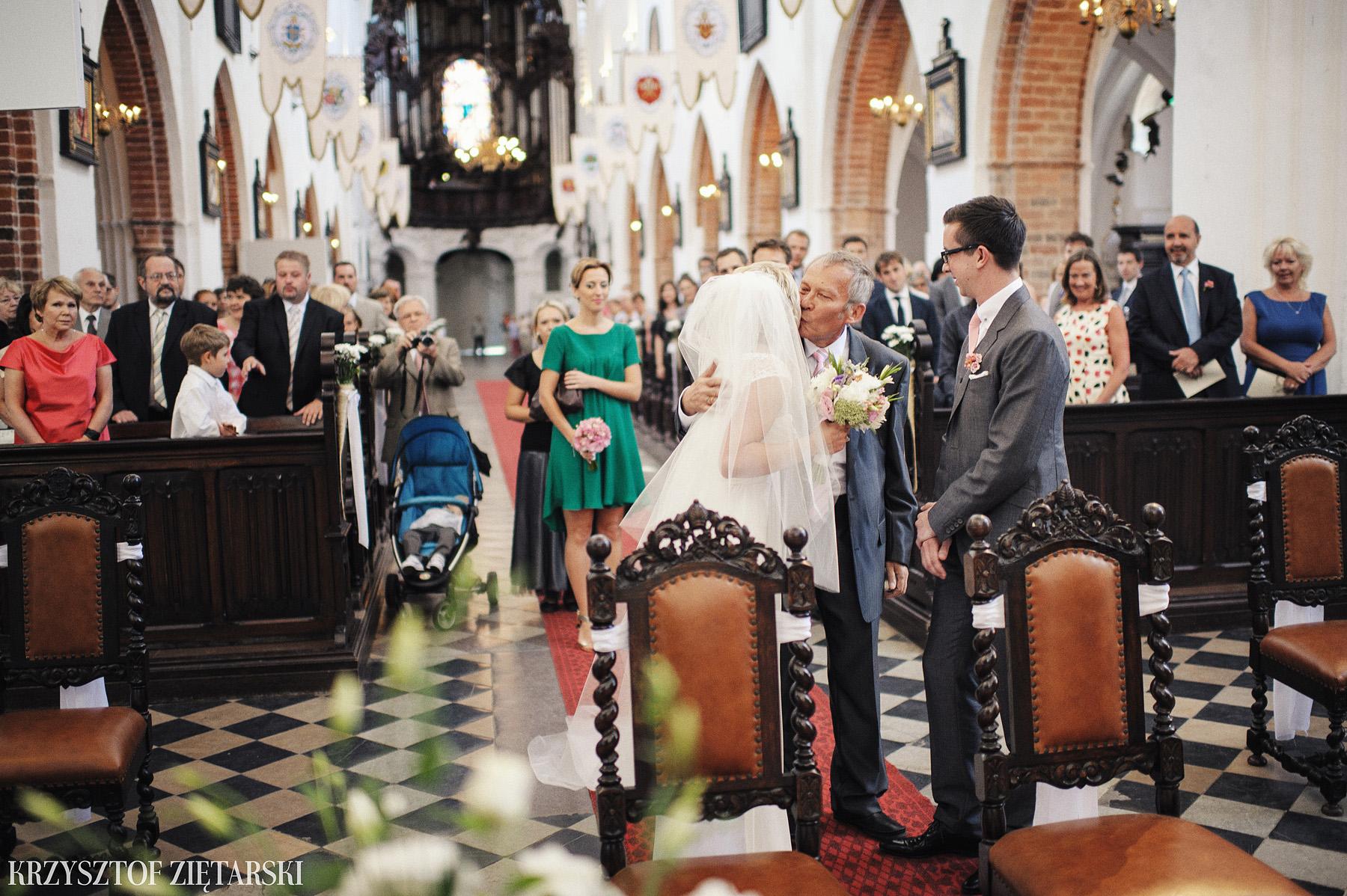 Marysia i Ollie - Fotografia ślubna Gdańsk, Katedra Oliwska, wesele Hotel Mera Sopot, plener Gdynia Orłowo - 13.