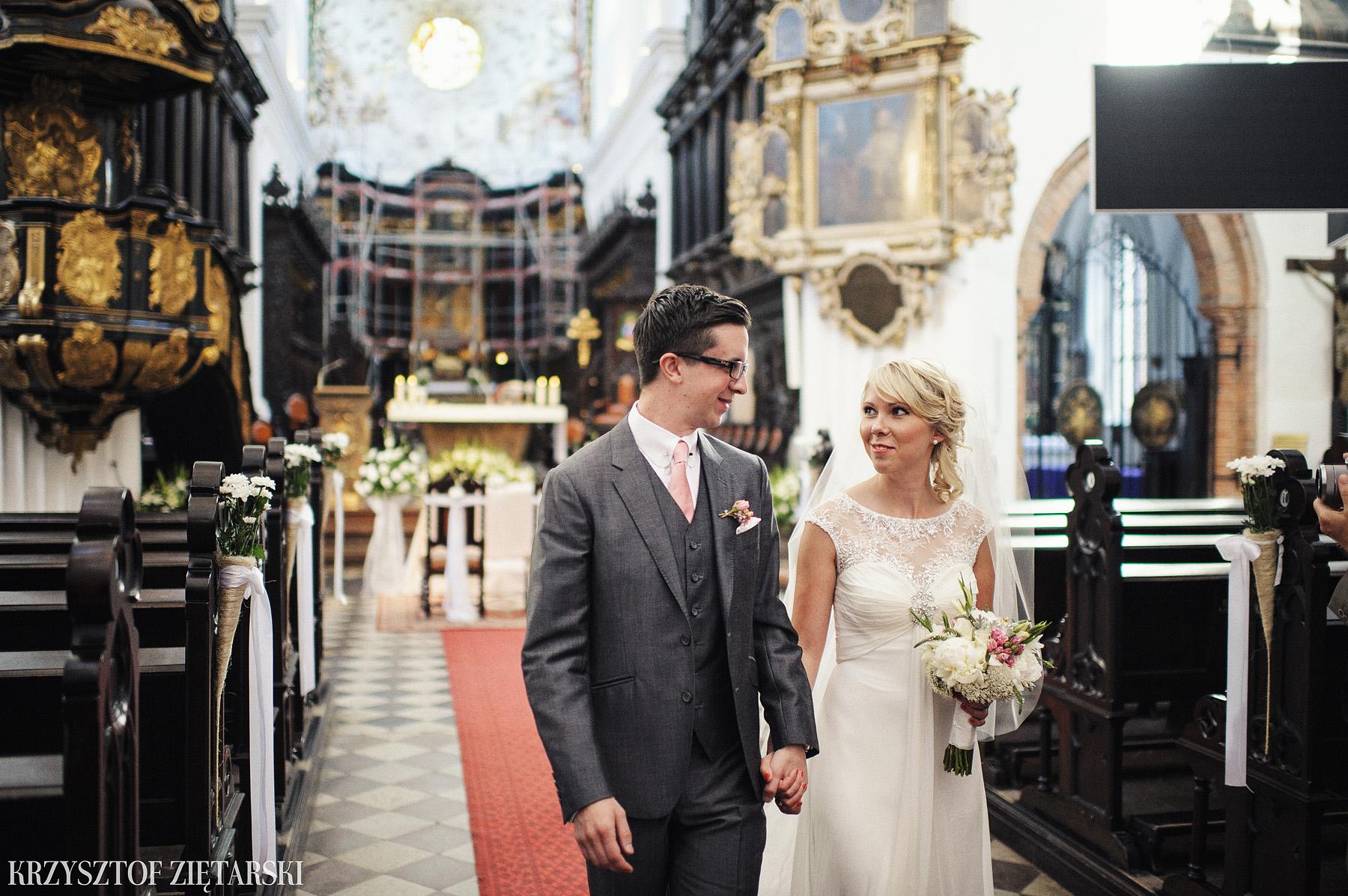 Marysia i Ollie - Fotografia ślubna Gdańsk, Katedra Oliwska, wesele Hotel Mera Sopot, plener Gdynia Orłowo - 22.