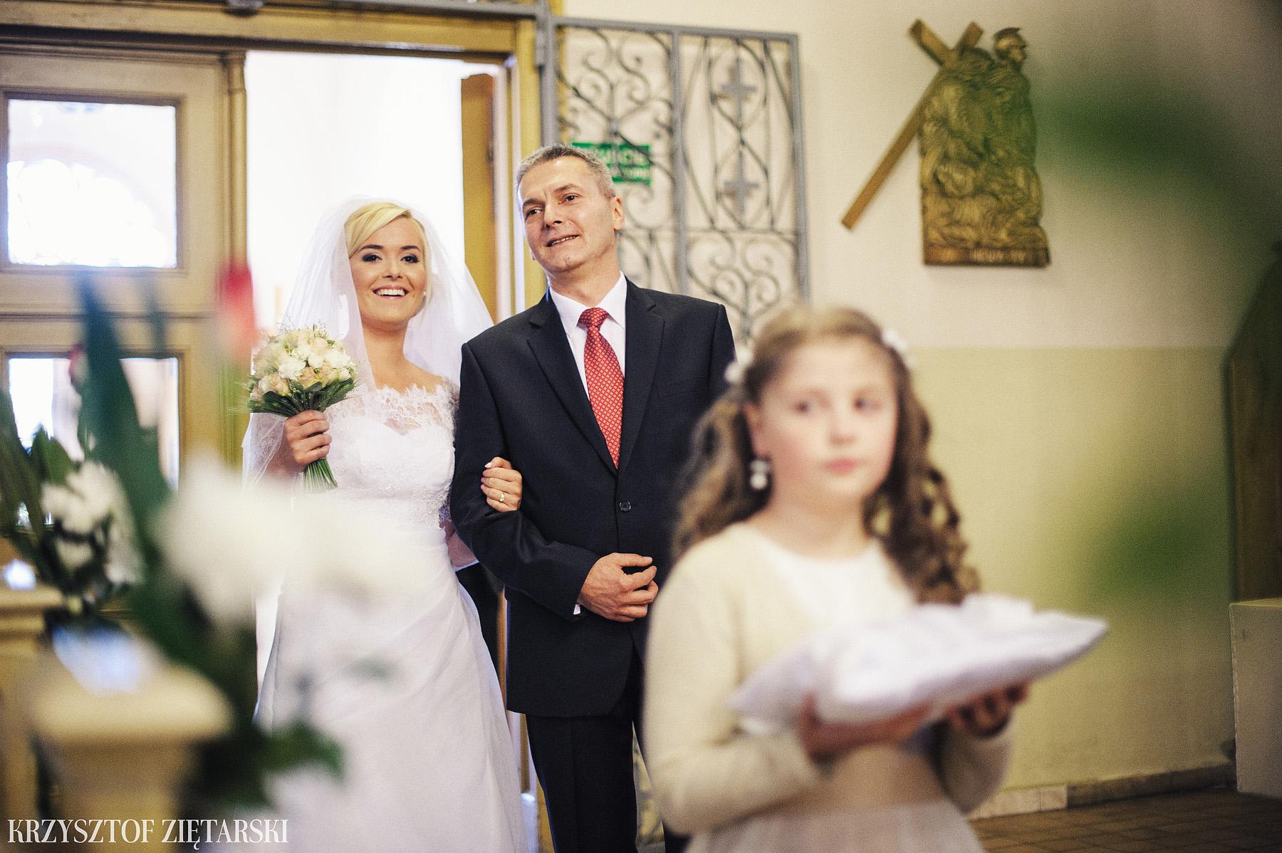 Agnieszka i Jacek - Fotografia ślubna Słupsk, kościół NSJ, wesele Gościniec Młyn Słupski, plener ślubny w Gdyni - 11.