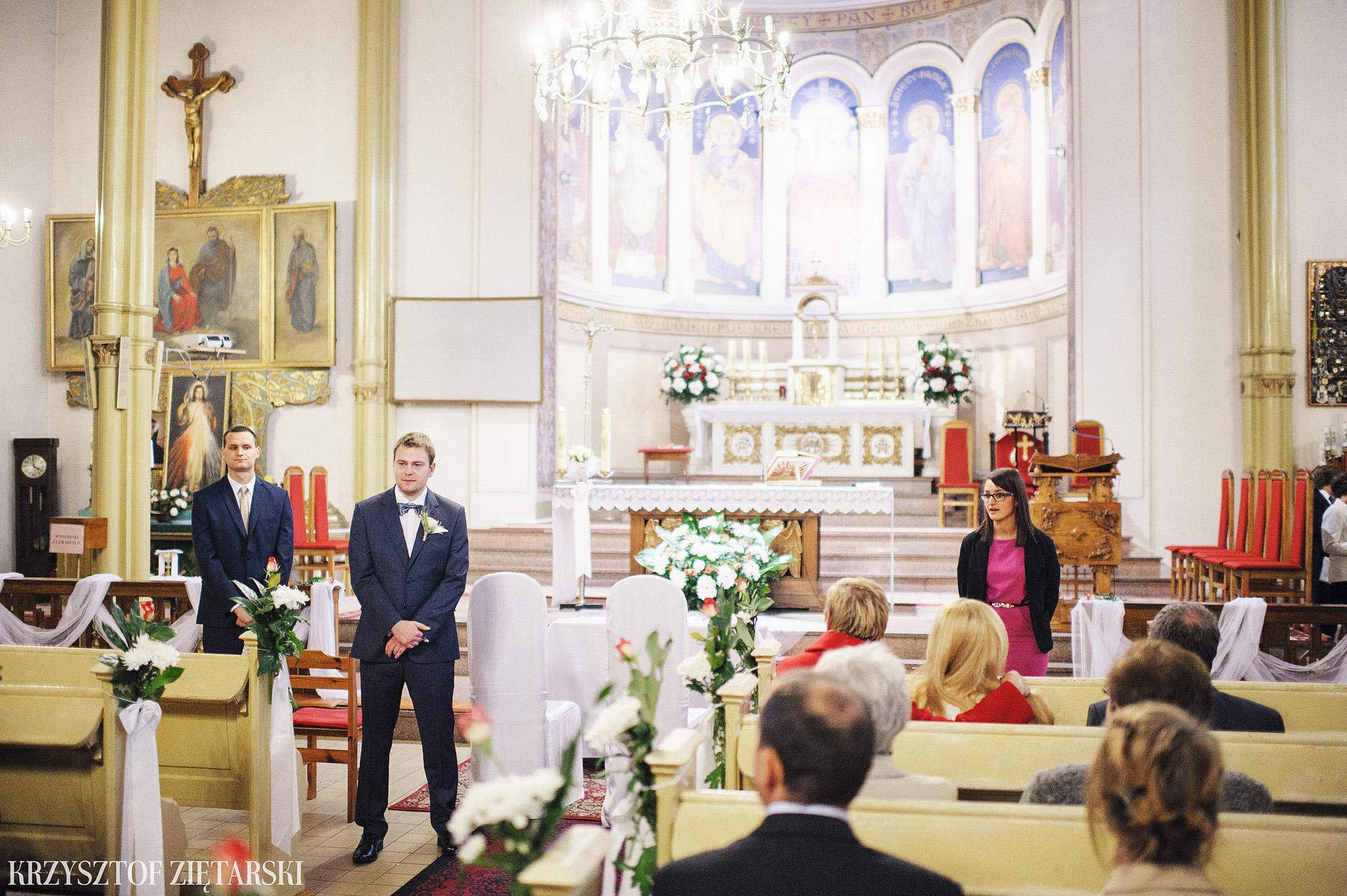 Agnieszka i Jacek - Fotografia ślubna Słupsk, kościół NSJ, wesele Gościniec Młyn Słupski, plener ślubny w Gdyni - 12.
