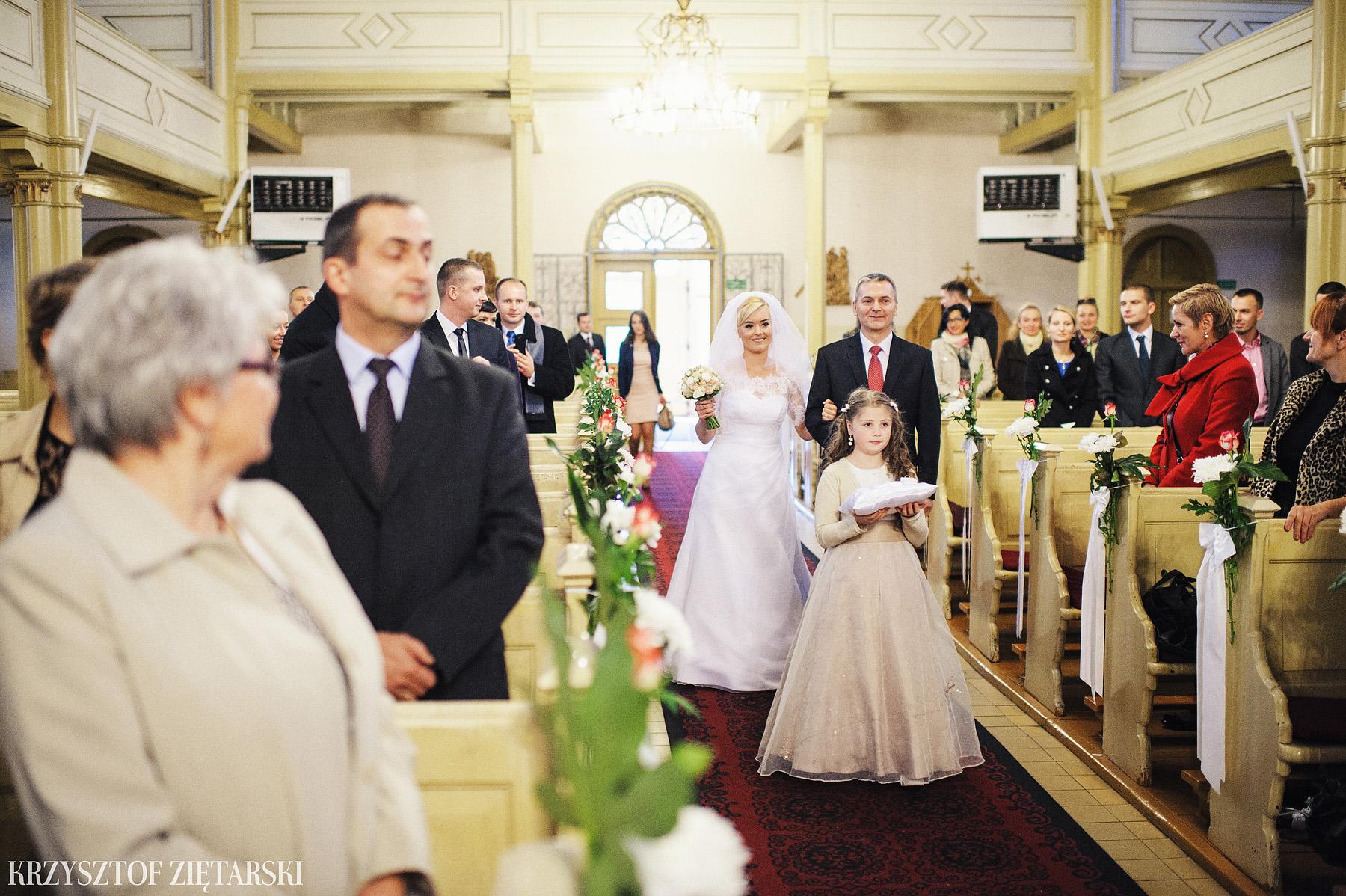 Agnieszka i Jacek - Fotografia ślubna Słupsk, kościół NSJ, wesele Gościniec Młyn Słupski, plener ślubny w Gdyni - 13.