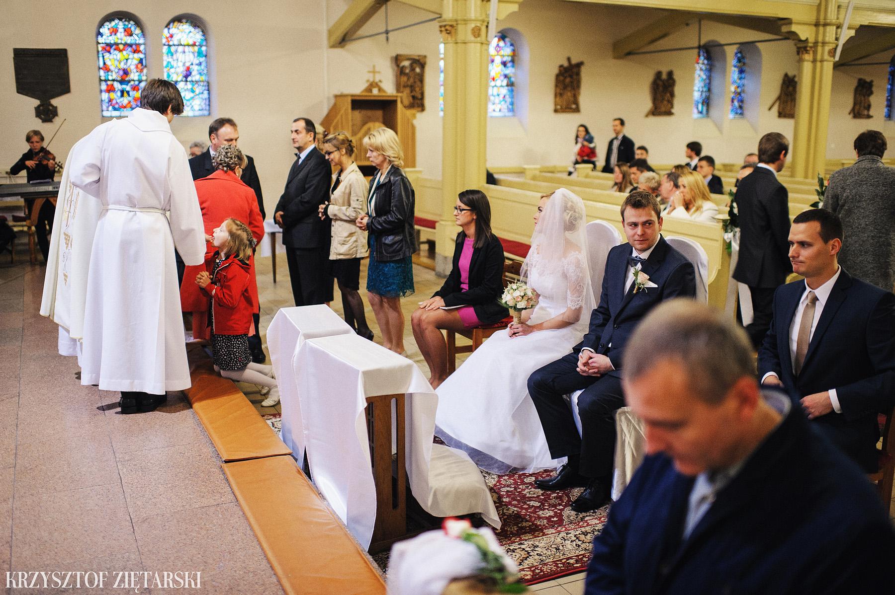 Agnieszka i Jacek - Fotografia ślubna Słupsk, kościół NSJ, wesele Gościniec Młyn Słupski, plener ślubny w Gdyni - 22.