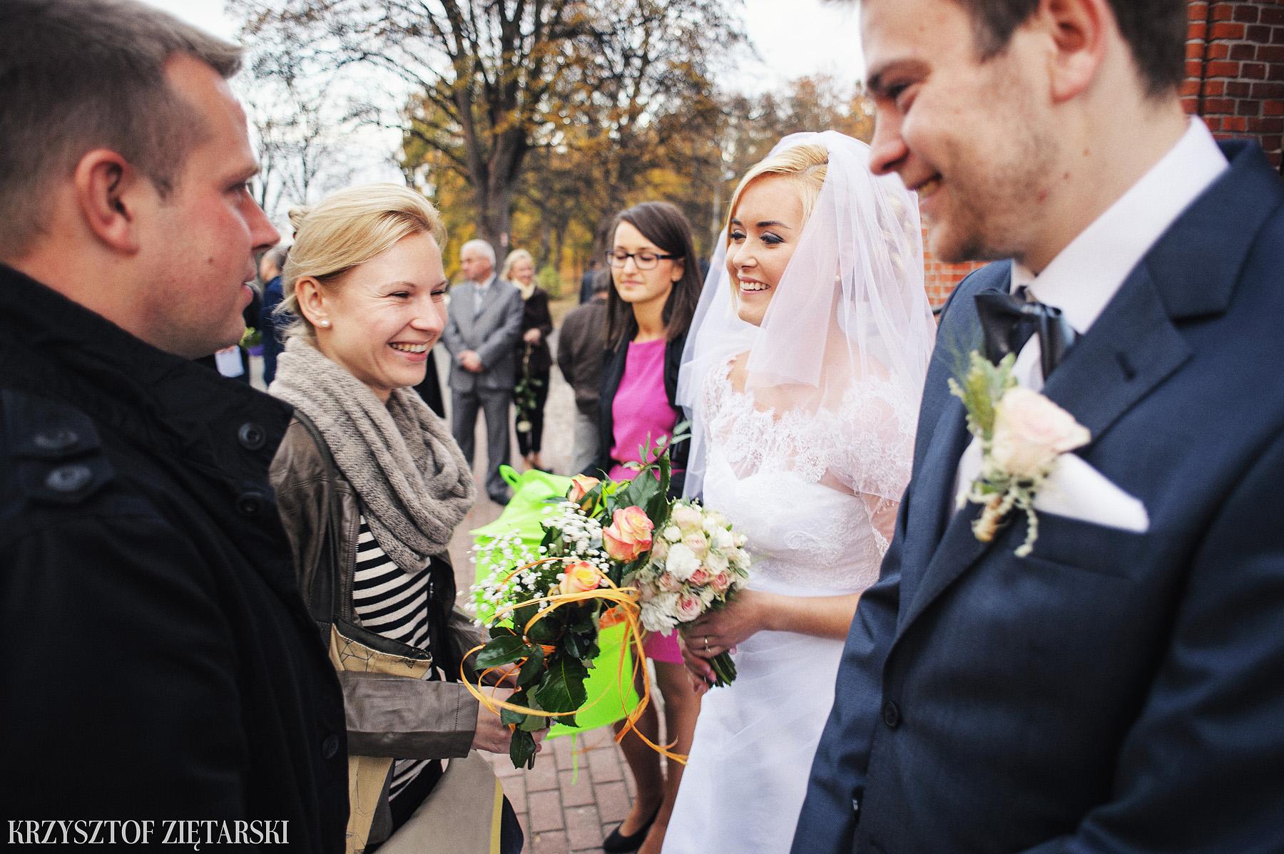 Agnieszka i Jacek - Fotografia ślubna Słupsk, kościół NSJ, wesele Gościniec Młyn Słupski, plener ślubny w Gdyni - 27.