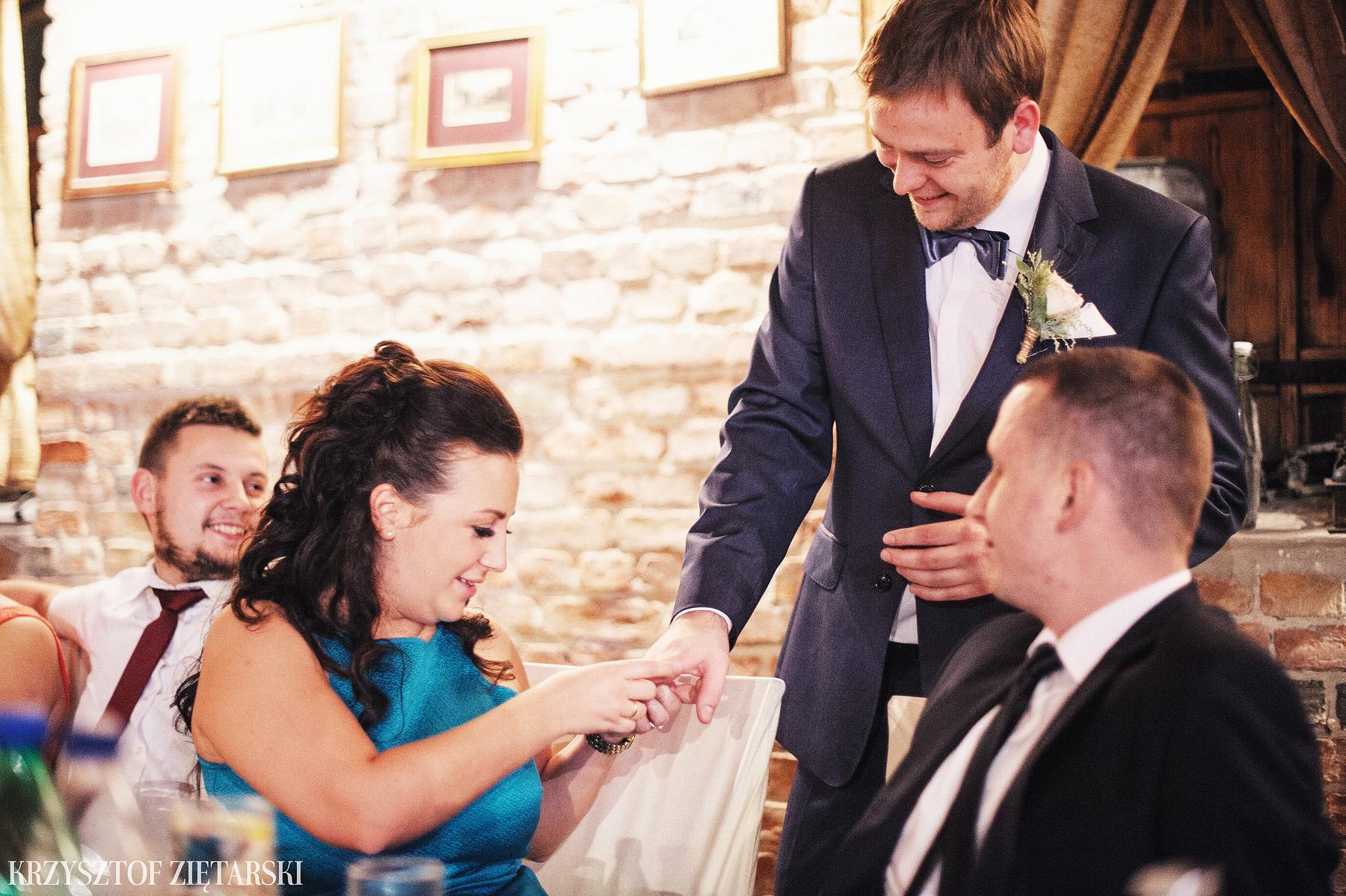 Agnieszka i Jacek - Fotografia ślubna Słupsk, kościół NSJ, wesele Gościniec Młyn Słupski, plener ślubny w Gdyni - 53.