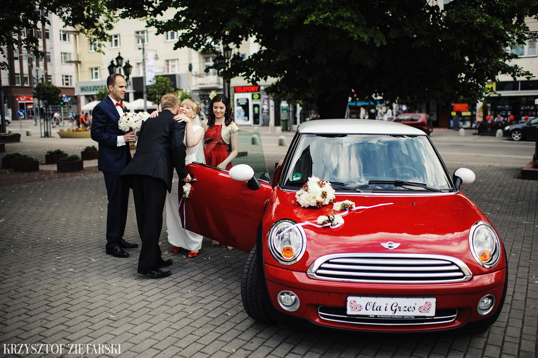 Ola i Grzegorz - Fotografia ślubna Gdynia, Kolegiata NMP, wesele restauracja COCO, plener na Darze Pomorza - 14.
