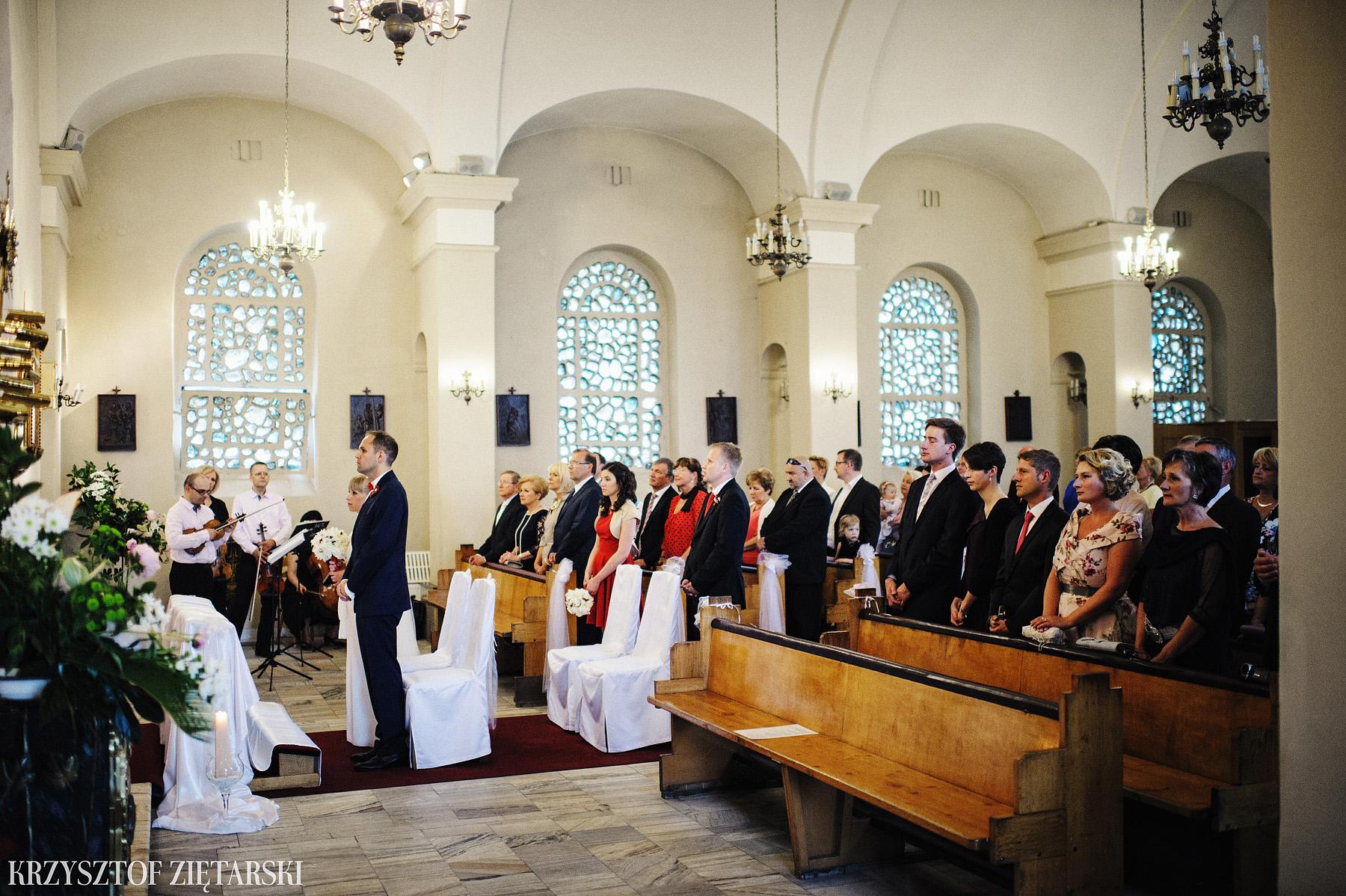 Ola i Grzegorz - Fotografia ślubna Gdynia, Kolegiata NMP, wesele restauracja COCO, plener na Darze Pomorza - 16.
