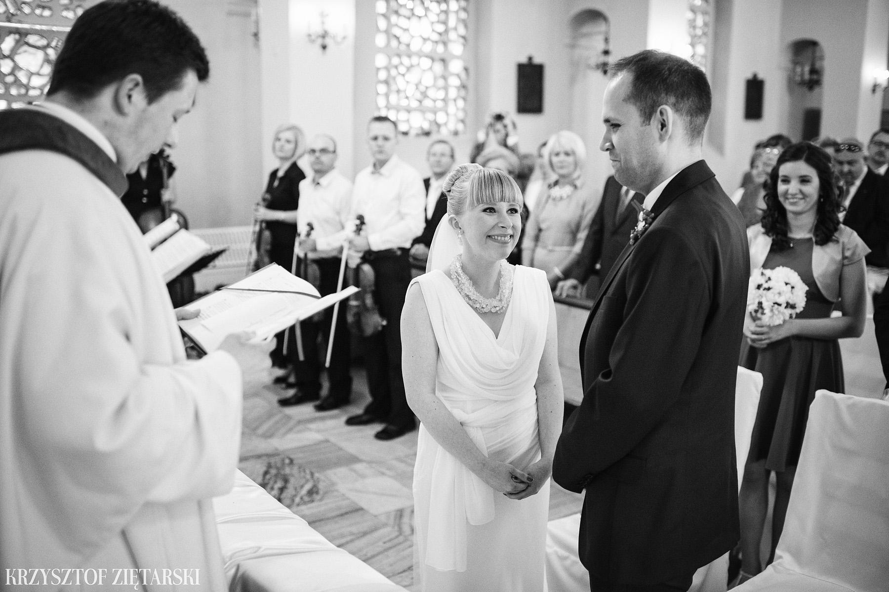 Ola i Grzegorz - Fotografia ślubna Gdynia, Kolegiata NMP, wesele restauracja COCO, plener na Darze Pomorza - 18.
