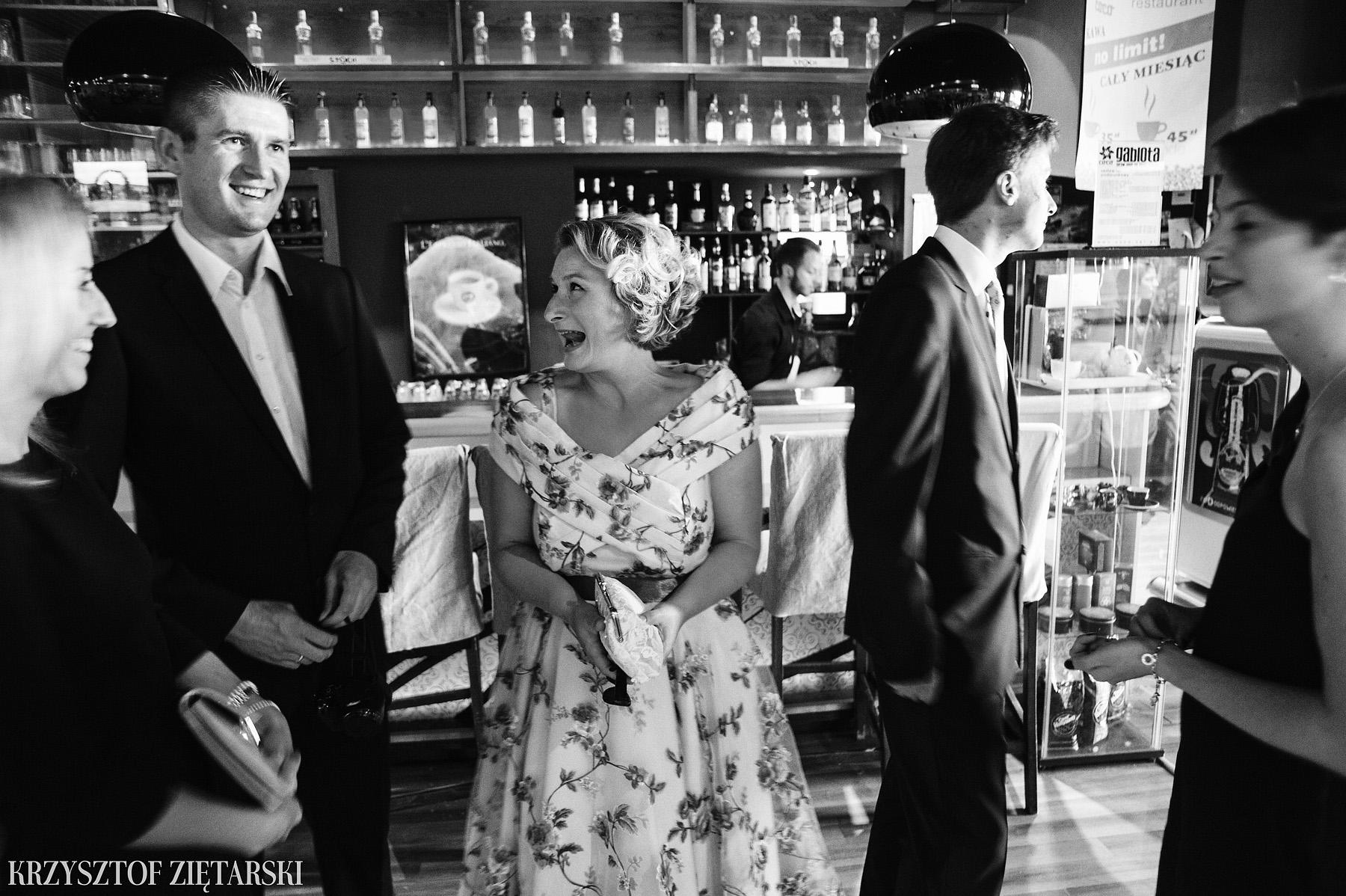 Ola i Grzegorz - Fotografia ślubna Gdynia, Kolegiata NMP, wesele restauracja COCO, plener na Darze Pomorza - 35.