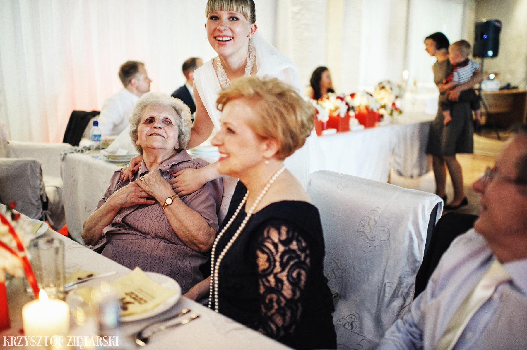 Ola i Grzegorz - Fotografia ślubna Gdynia, Kolegiata NMP, wesele restauracja COCO, plener na Darze Pomorza - 42.