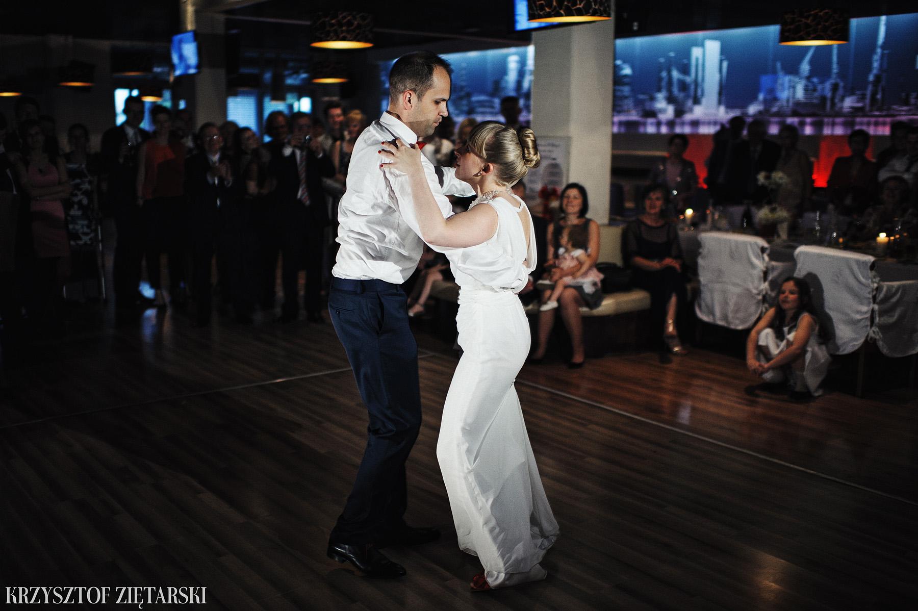 Ola i Grzegorz - Fotografia ślubna Gdynia, Kolegiata NMP, wesele restauracja COCO, plener na Darze Pomorza - 49.