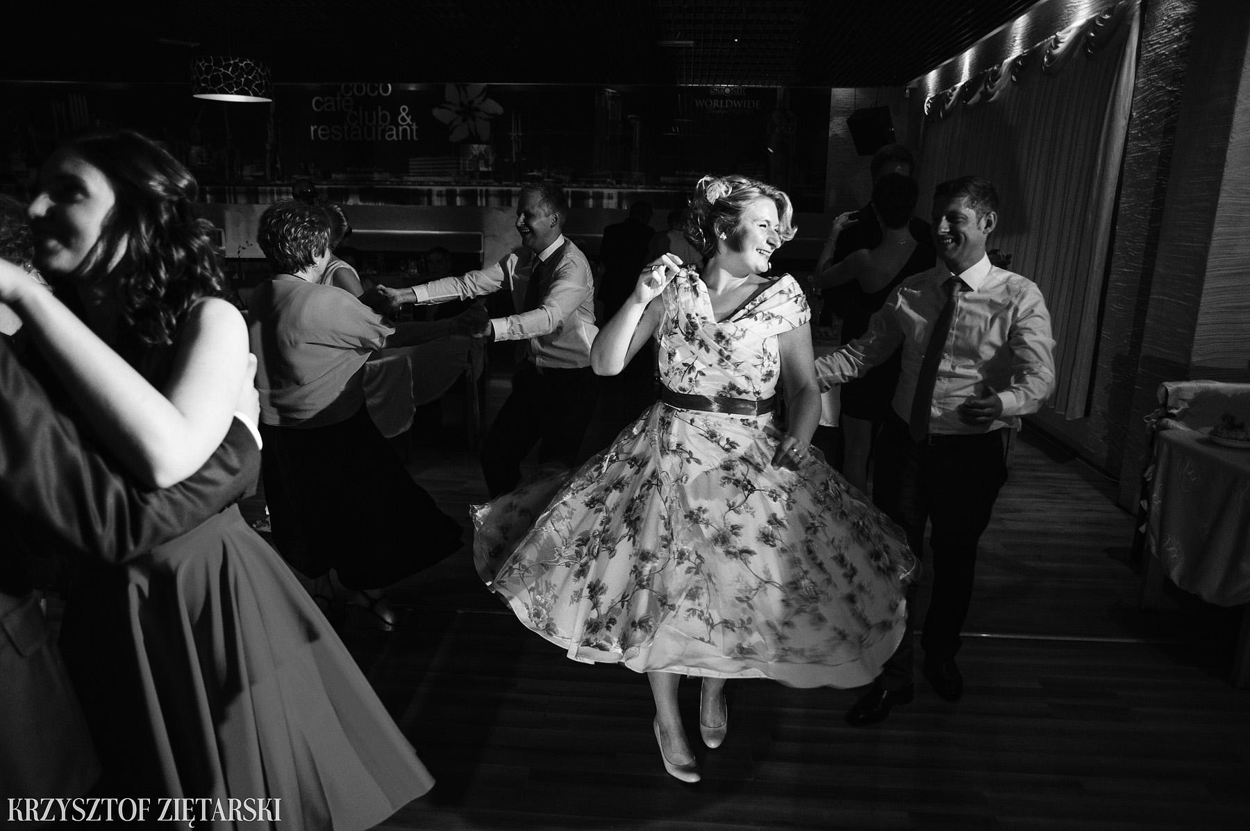 Ola i Grzegorz - Fotografia ślubna Gdynia, Kolegiata NMP, wesele restauracja COCO, plener na Darze Pomorza - 53.