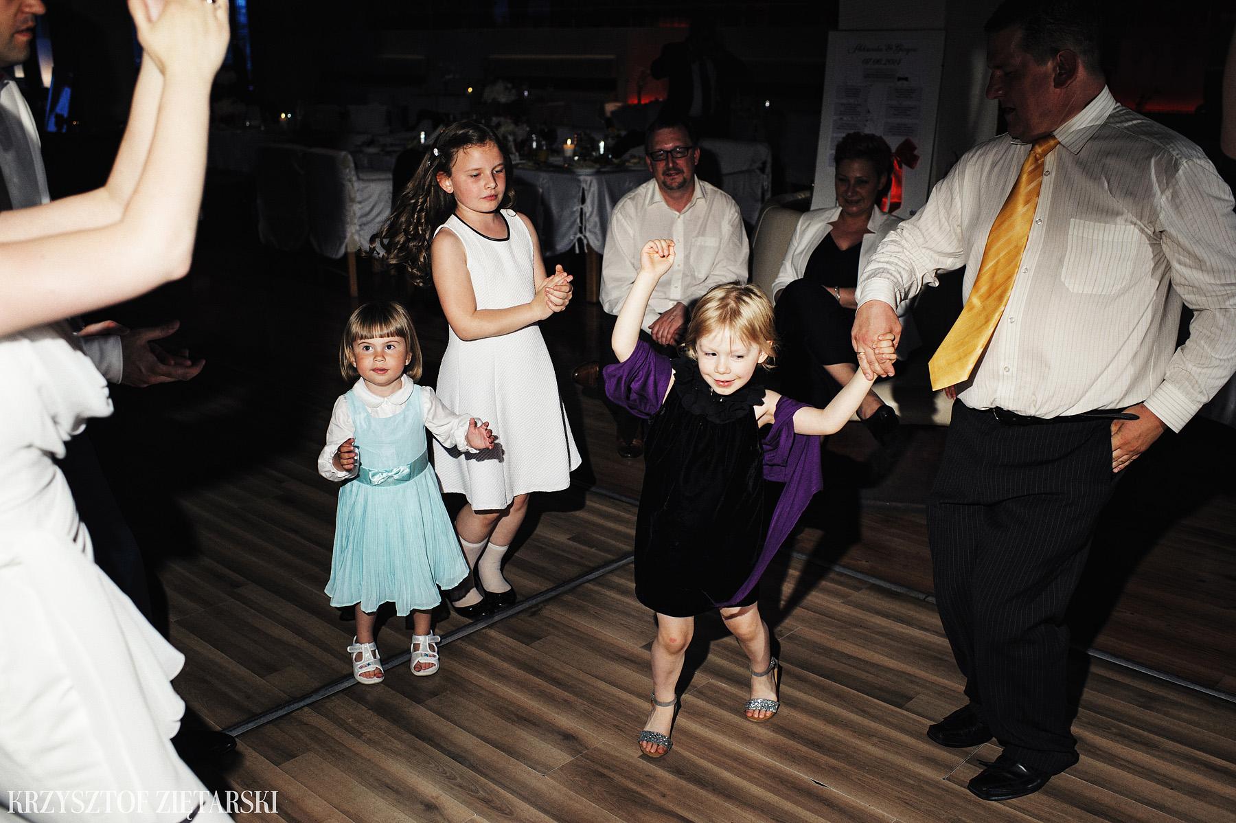 Ola i Grzegorz - Fotografia ślubna Gdynia, Kolegiata NMP, wesele restauracja COCO, plener na Darze Pomorza - 55.