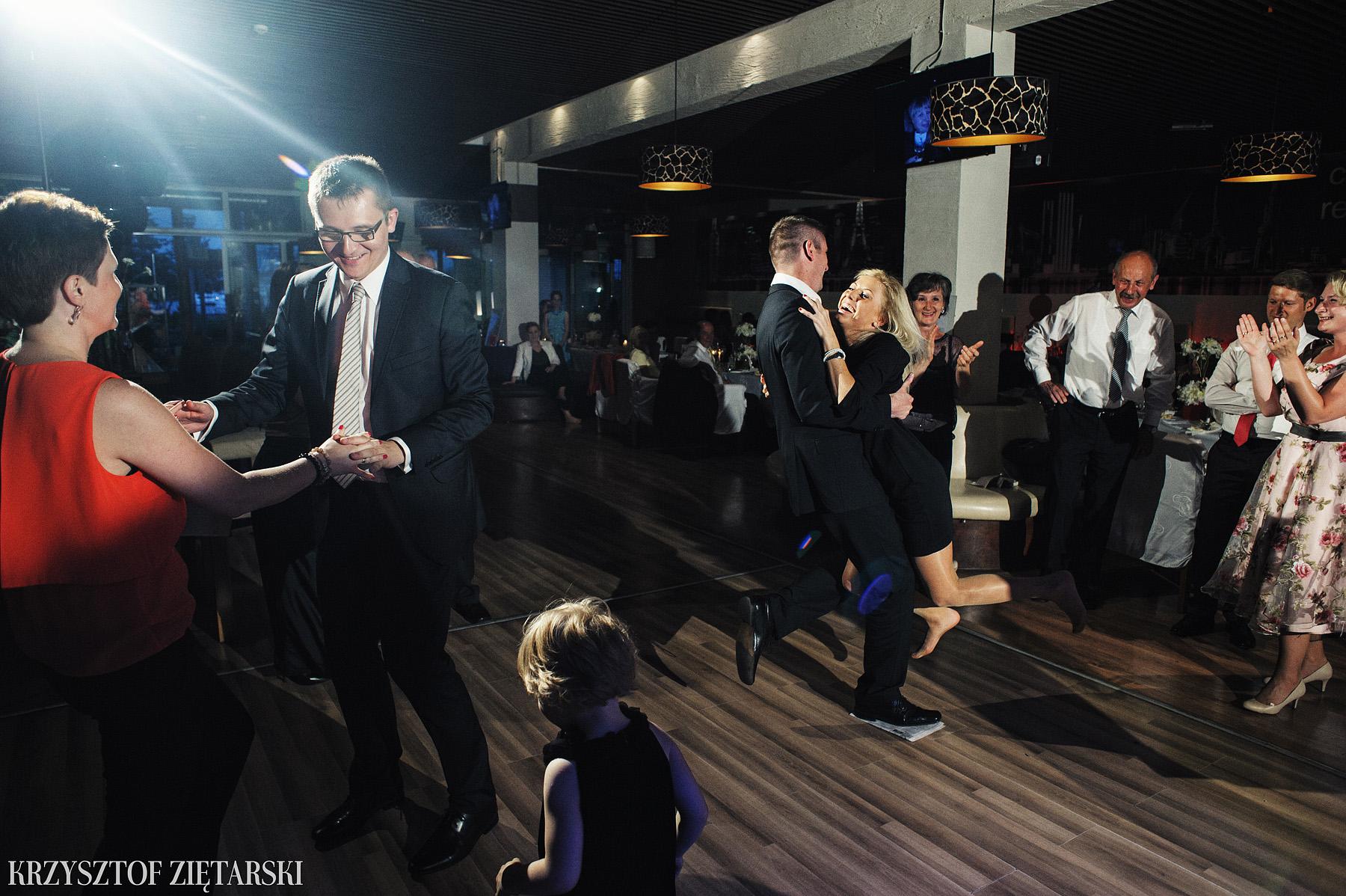 Ola i Grzegorz - Fotografia ślubna Gdynia, Kolegiata NMP, wesele restauracja COCO, plener na Darze Pomorza - 58.