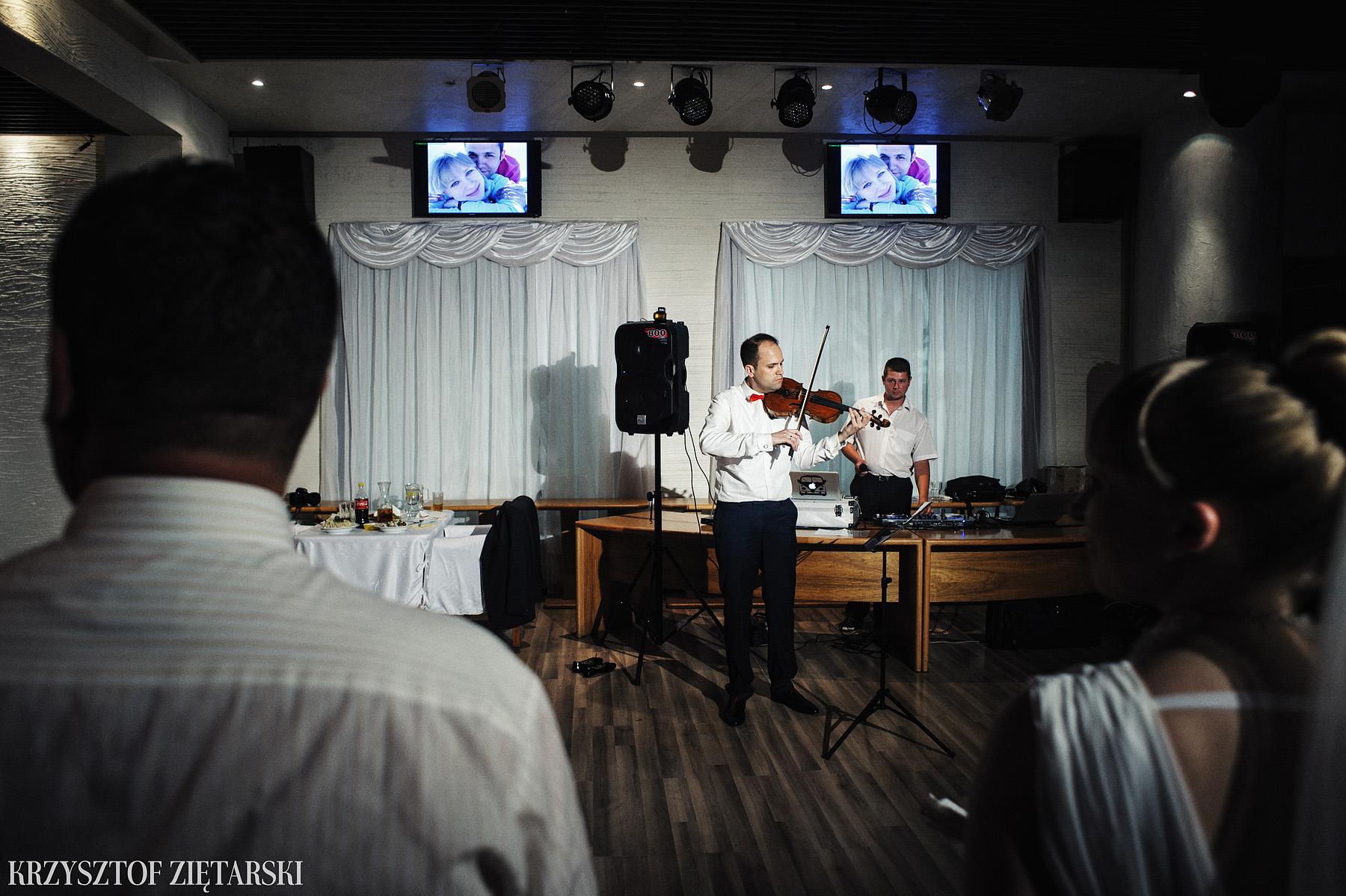Ola i Grzegorz - Fotografia ślubna Gdynia, Kolegiata NMP, wesele restauracja COCO, plener na Darze Pomorza - 60.