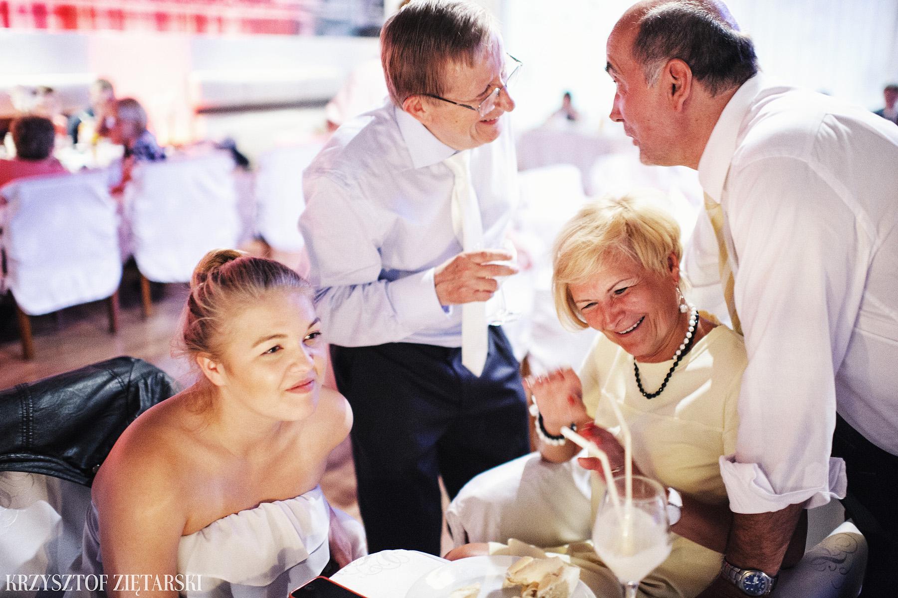 Ola i Grzegorz - Fotografia ślubna Gdynia, Kolegiata NMP, wesele restauracja COCO, plener na Darze Pomorza - 68.