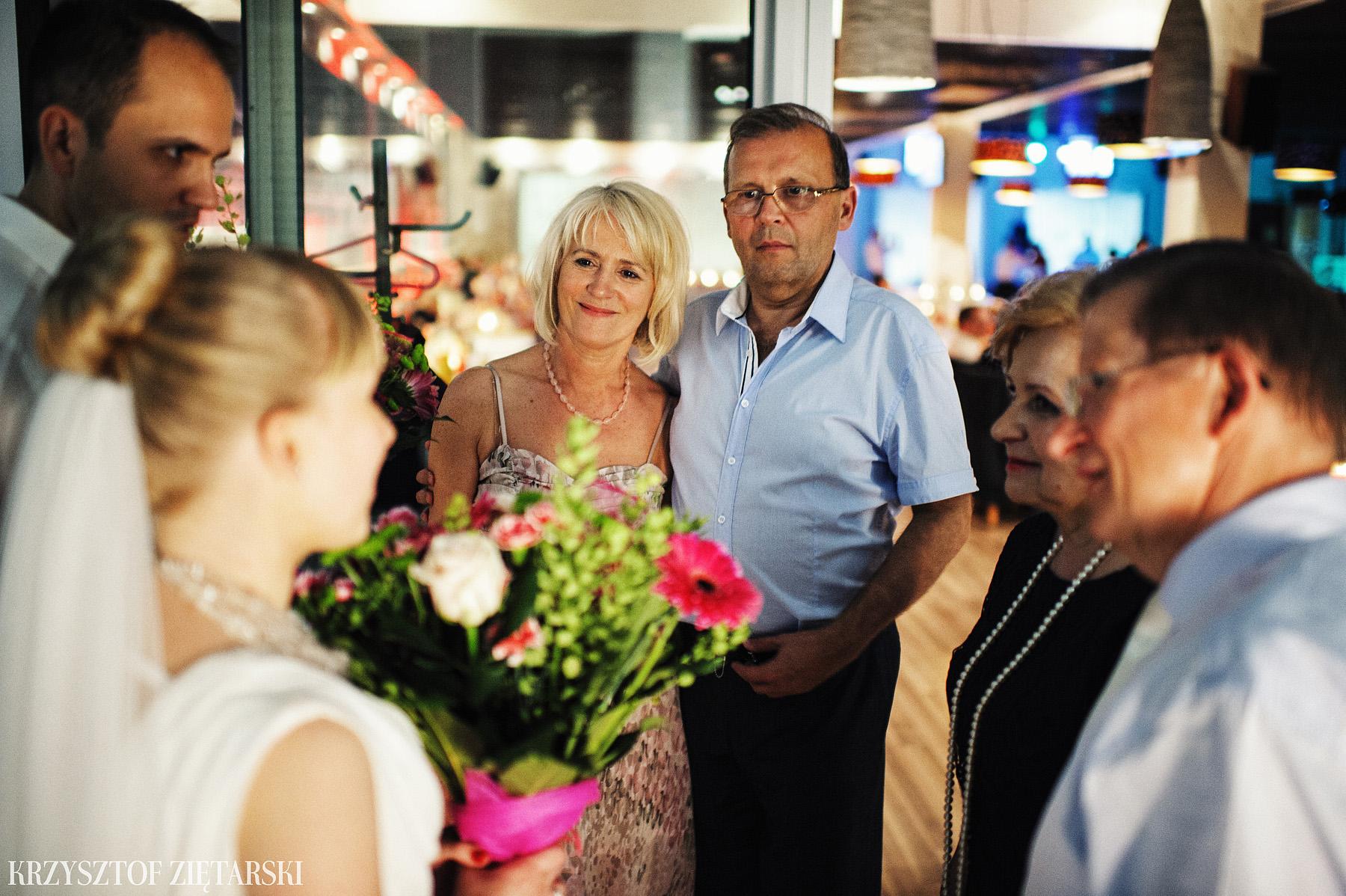 Ola i Grzegorz - Fotografia ślubna Gdynia, Kolegiata NMP, wesele restauracja COCO, plener na Darze Pomorza - 81.