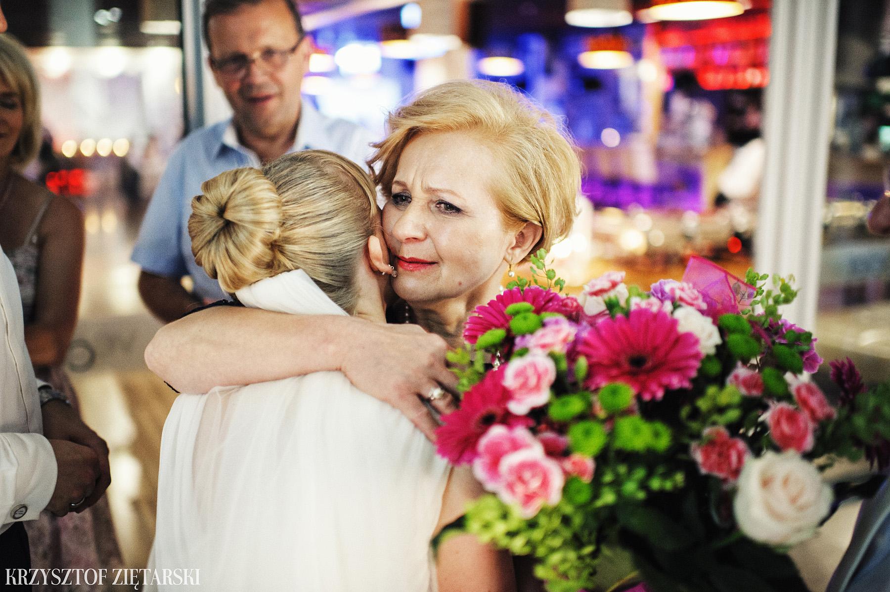 Ola i Grzegorz - Fotografia ślubna Gdynia, Kolegiata NMP, wesele restauracja COCO, plener na Darze Pomorza - 83.