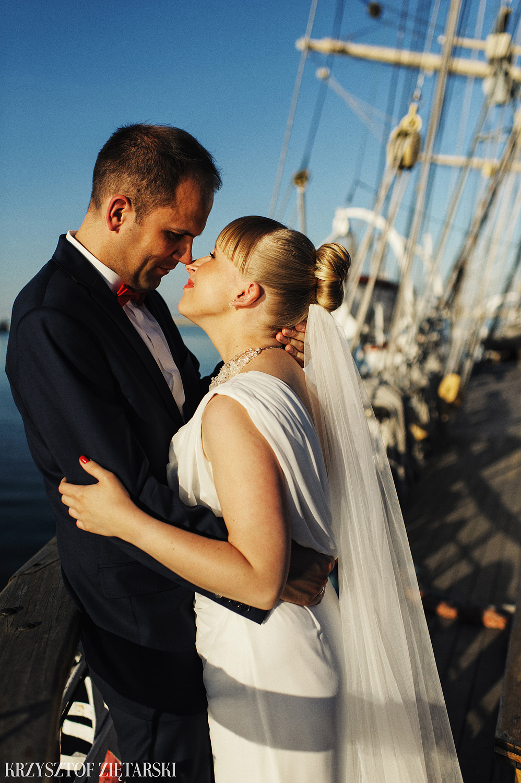 Ola i Grzegorz - Fotografia ślubna Gdynia, Kolegiata NMP, wesele restauracja COCO, plener na Darze Pomorza - 85.