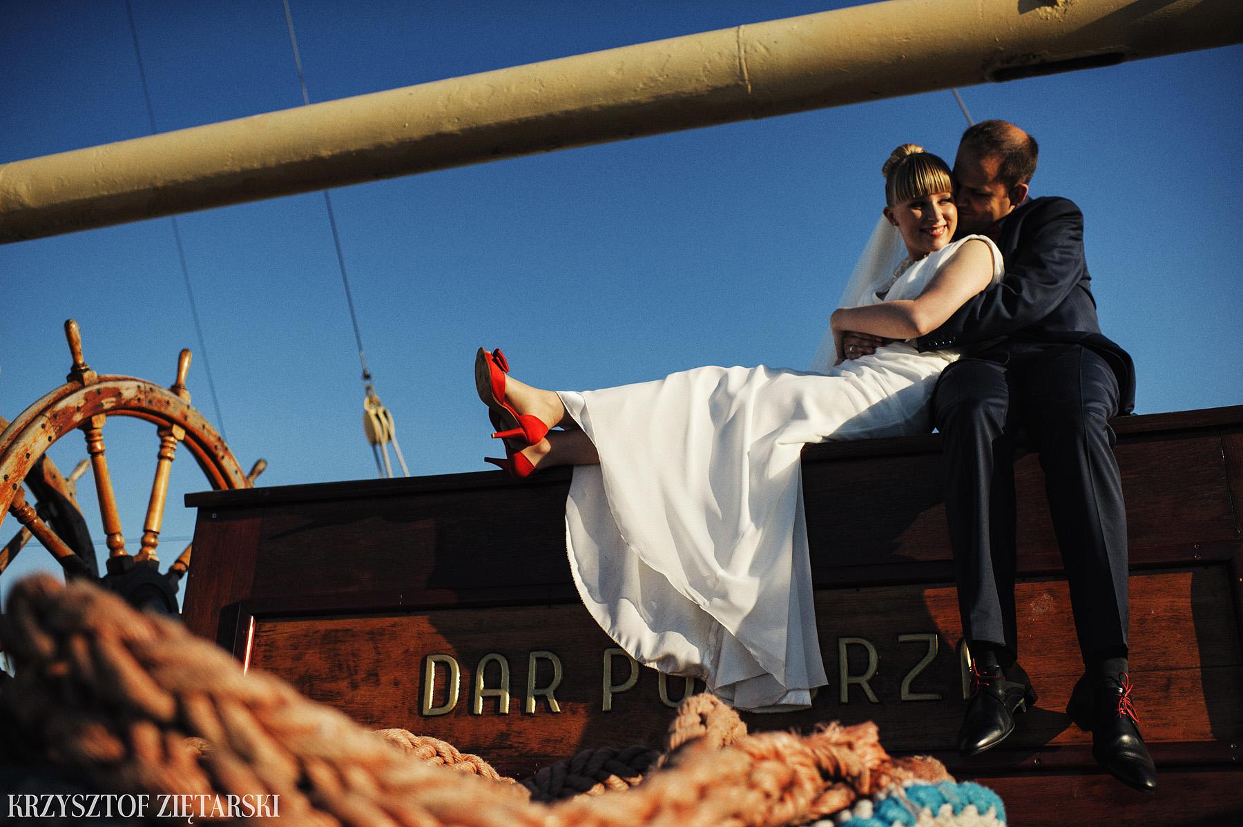 Ola i Grzegorz - Fotografia ślubna Gdynia, Kolegiata NMP, wesele restauracja COCO, plener na Darze Pomorza - 86.