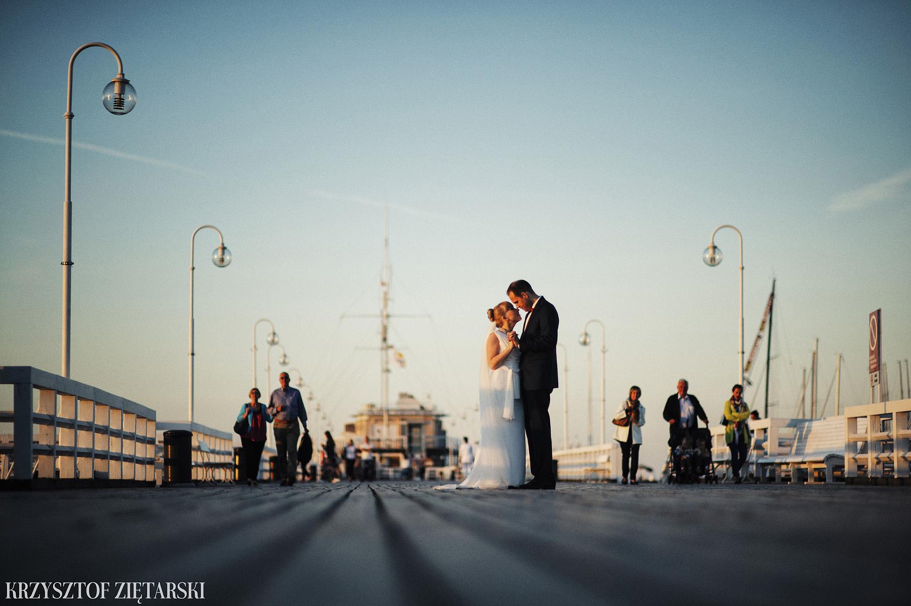 Ola i Grzegorz - Fotografia ślubna Gdynia, Kolegiata NMP, wesele restauracja COCO, plener na Darze Pomorza - 94.