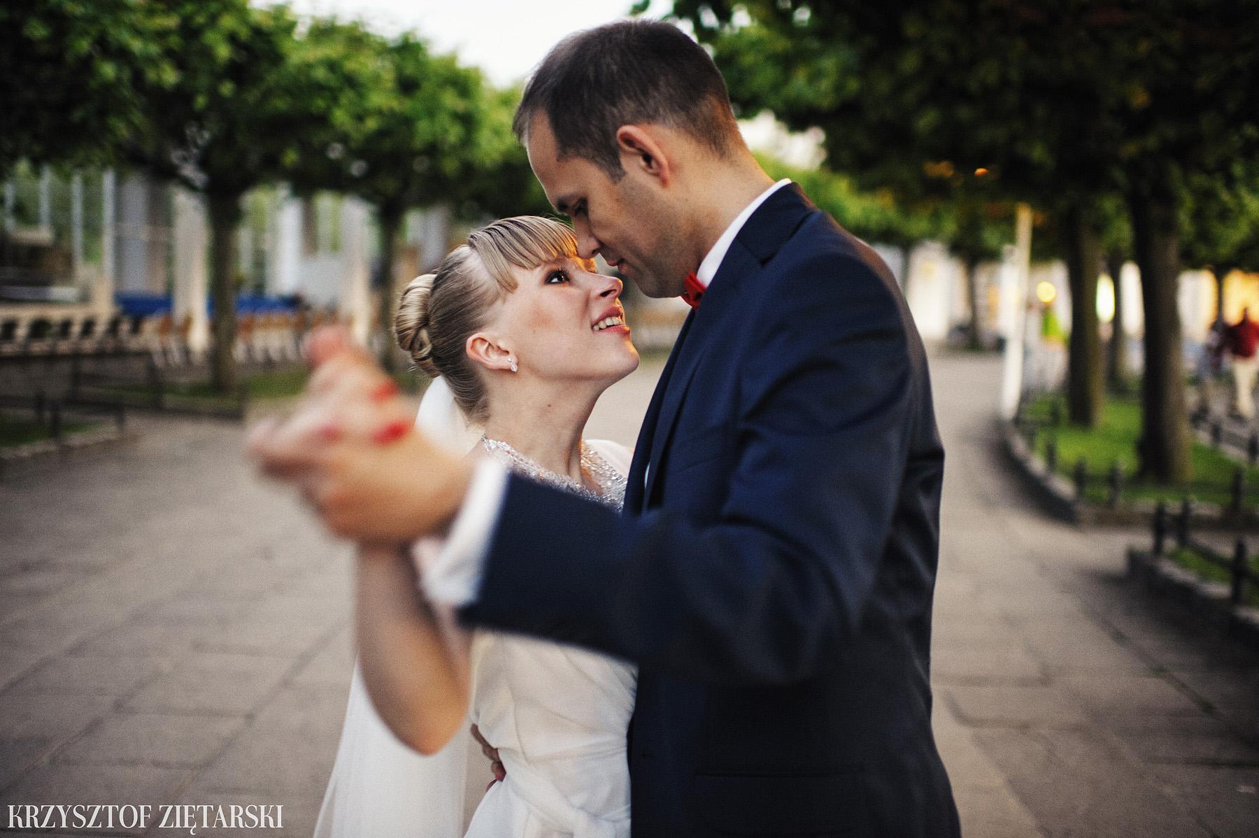 Ola i Grzegorz - Fotografia ślubna Gdynia, Kolegiata NMP, wesele restauracja COCO, plener na Darze Pomorza - 100.