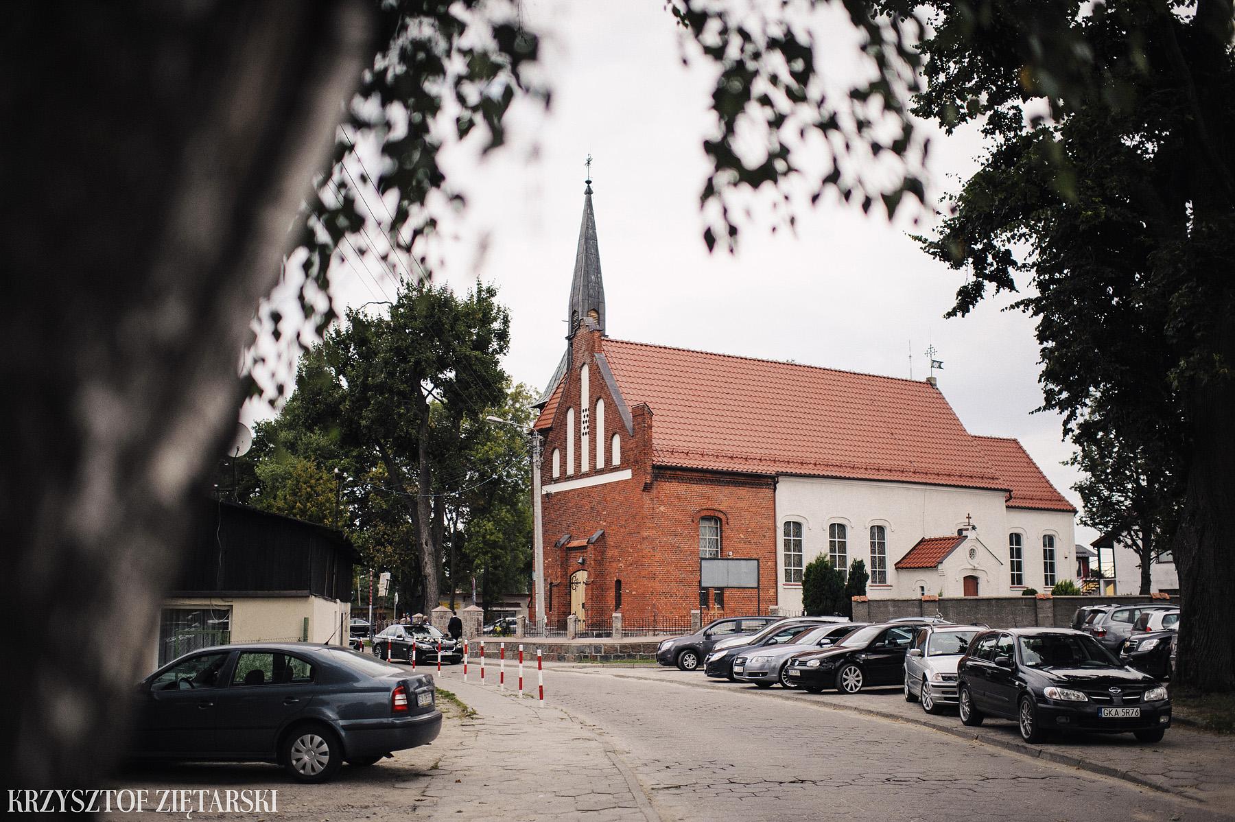 Karolina i Jacek - Fotografia ślubna Gdańsk, Chwaszczyno, Gościniec dla Przyjaciół Wyczechowo Hilary - 6.