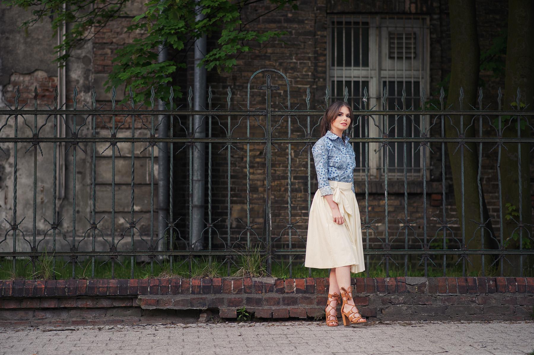 Marie Zélie - kapuczina - skromne sukienki i spódnice z naturalnych materiałów