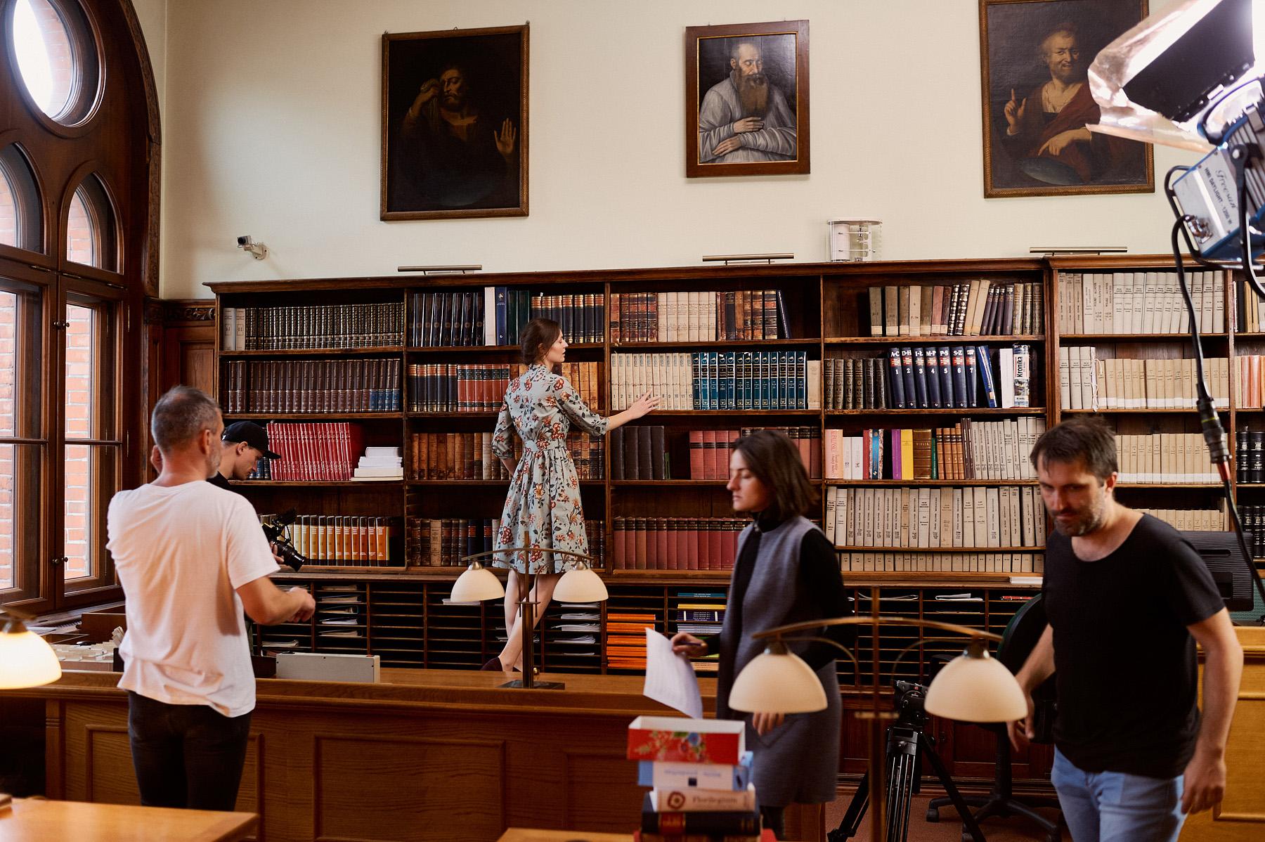Marie Zélie film wizerunkowy A12 - biblioteka PAN Gdańsk - Aleksandra Tobiasz Rebel Models